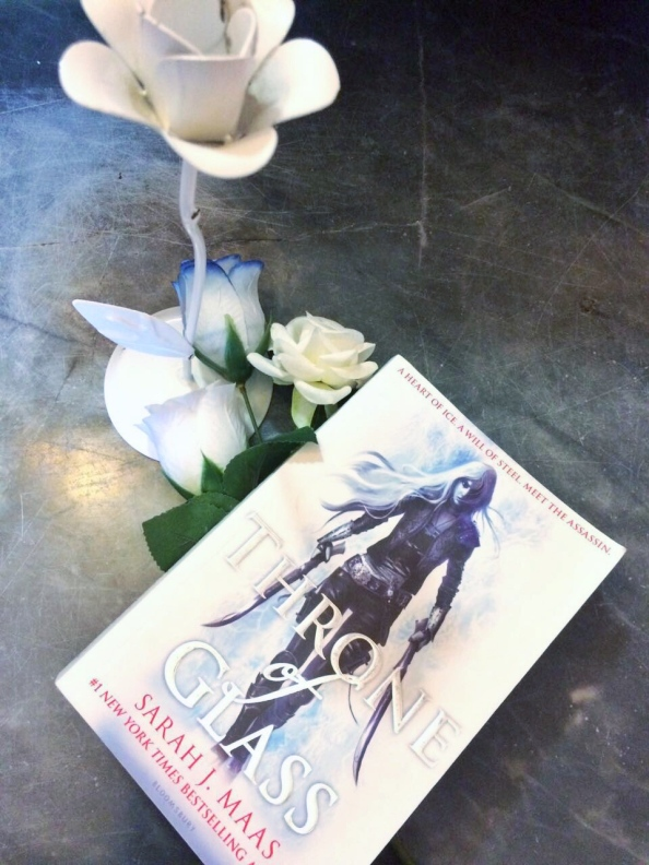 Throne of Glass – Review